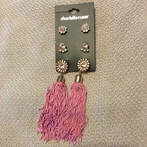 NWT Set of tassels earrings